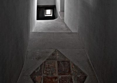 la-provencale-etage2-escalier
