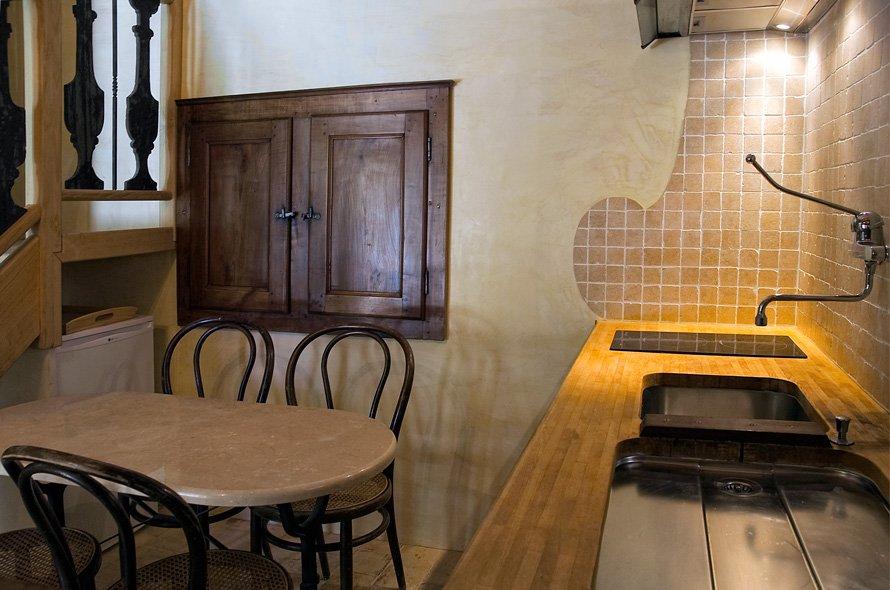 l 39 andalouse rez de chauss e cuisine logis du bourg. Black Bedroom Furniture Sets. Home Design Ideas